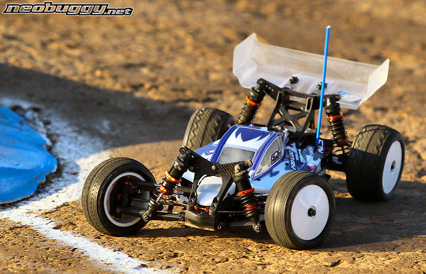 http://gallery.neobuggy.net/2013Races/2013-110th-ROAR-Nationals/Wednesday-Practice/i-3bw7fqz/0/M/AT4_4792-M.jpg